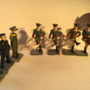 Seven Figures- Kim Il Jong-2 x Generals, 3 x Marching Female Guards With Swords